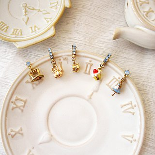 [Jolie baby] Alice Tea Club Stereo Series - Mad Hatter Cake Tea Party Earrings Group