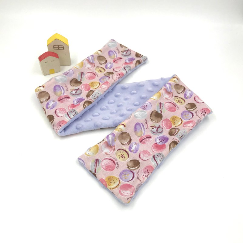Macaron (pink)-light purple bean dot scarf