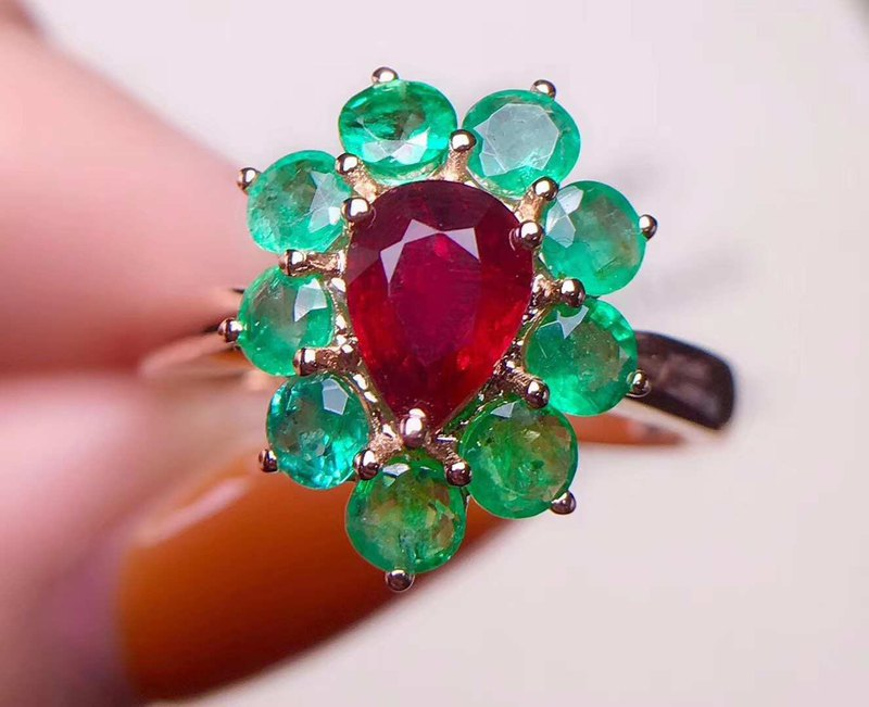 Certificate of Natural Ruby Emerald Ring with 18 Gold Nepalese Handmade