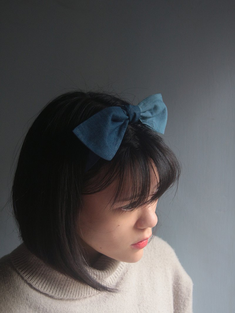 Reprinted from the industrial era, contrast color, light and thin cotton cloth, handmade tie headband
