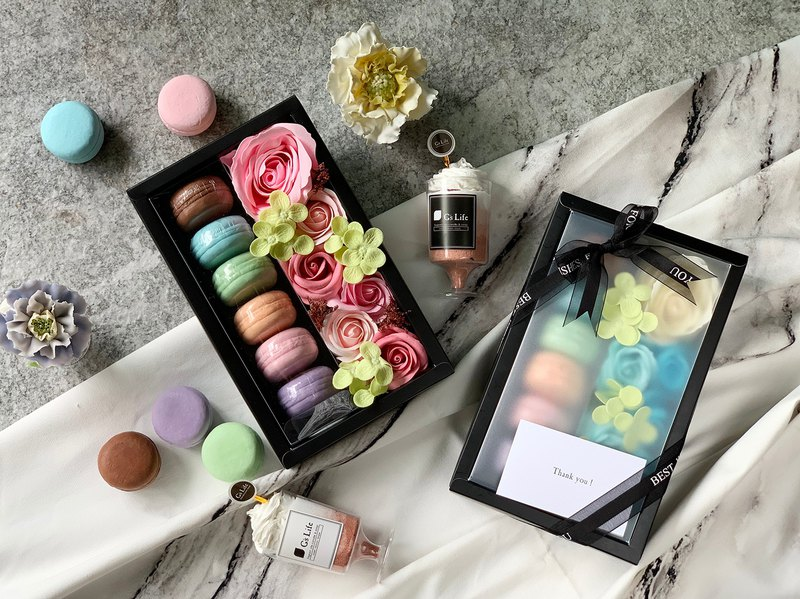 Flower and Fragrance-Macaron and Rose Soap Gift Box [Powder]