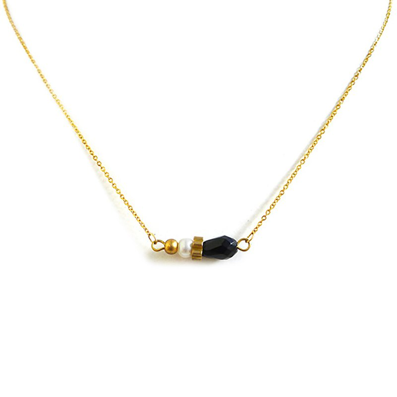 Ficelle | handmade brass natural stone necklace | [black onyx] small clear sky under the eaves