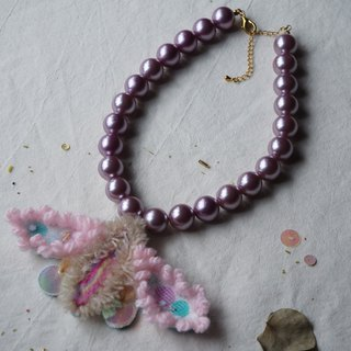 Embroidered wool pink tea moth purple pearl necklace