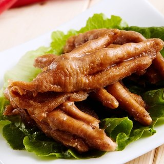 Original chicken feet frozen (family number 600g / box)