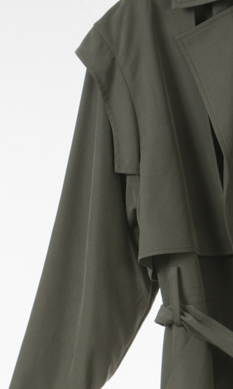 FIANL REDUCTION Charles Summer Trench Coat