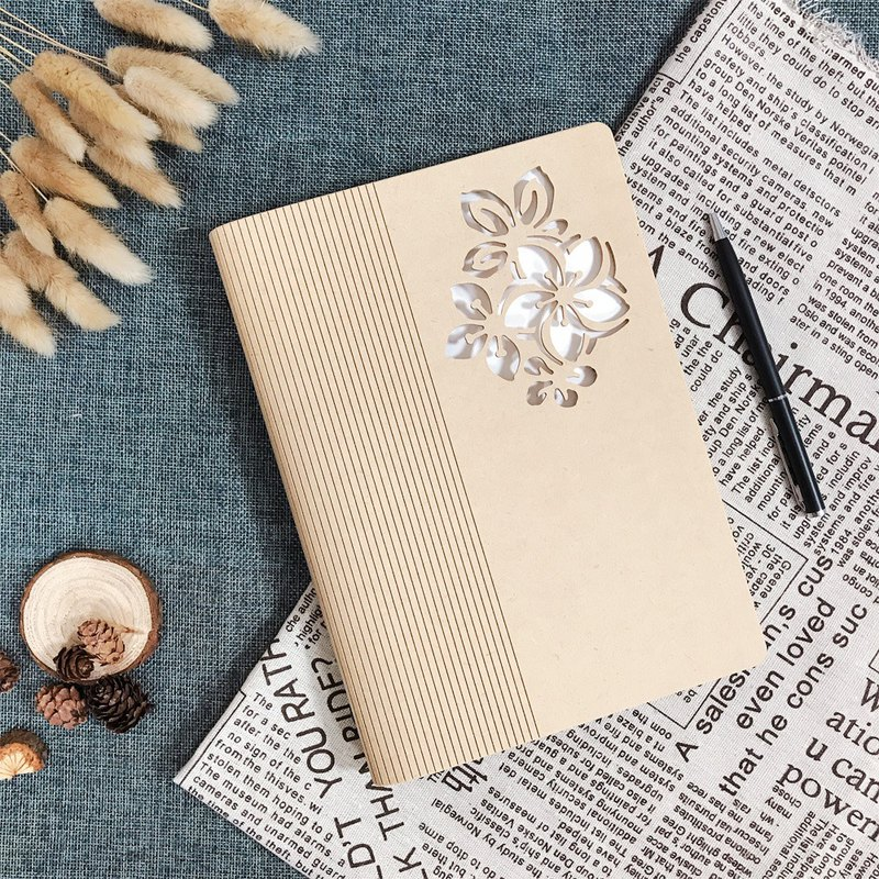 Bendable Wooden Notebook - Tung Flower