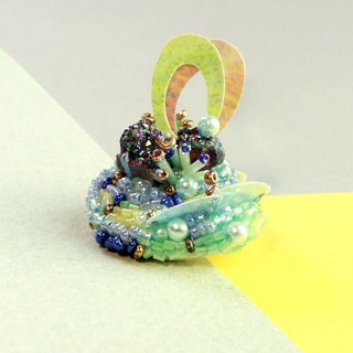 Planet - Lime. Symphony of silver crystal stone mini island brooch