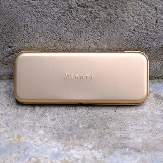 Gold pencil case (expressed by ex:Elfa)