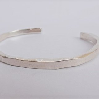 Thick sterling silver bracelet