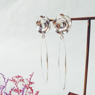<Blooming> natural jade (Myanmar jade) 925 sterling silver earrings