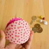 Japanese style Coin purse.Berry Berry Clam Shell Accessories Case. Gift for Her.