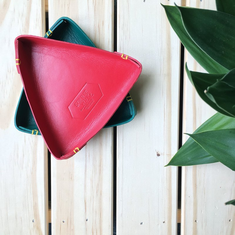 Sonniewing [Experience Class] Triangle Leather Tray
