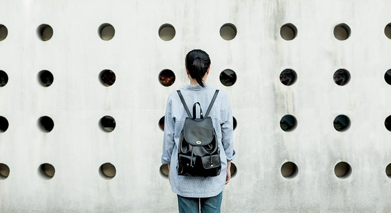 CLM swing buckle backpack _ black