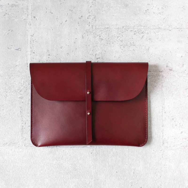 Burgundy iPad/ iPad Veg-tanned leather case/sleeve