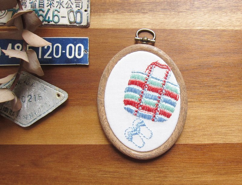 Mini  Taiwan style Embroidered Decor Hoop
