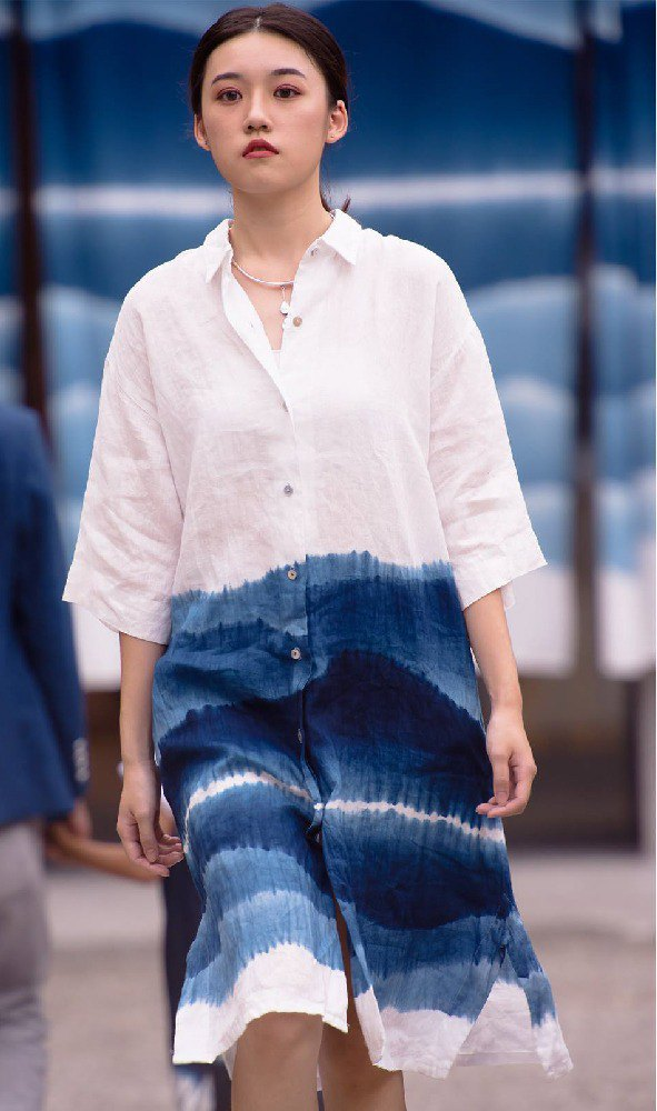Zhuo also blue dyed - linen five-point sleeve long shirt
