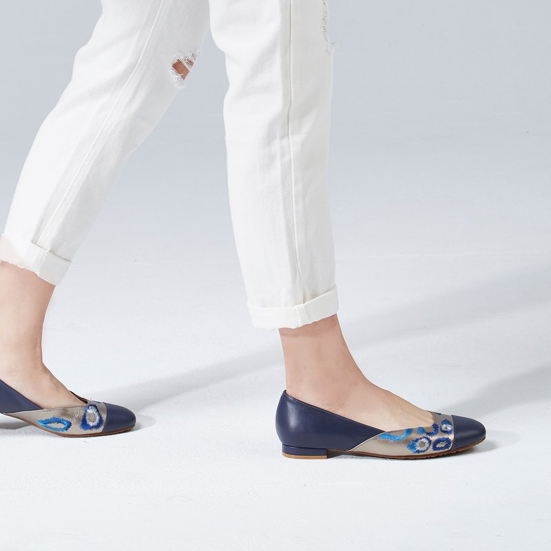 [Island Dream] embroidered flat shoes (tin blue)