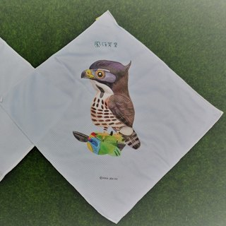 Crested eagle little handkerchief