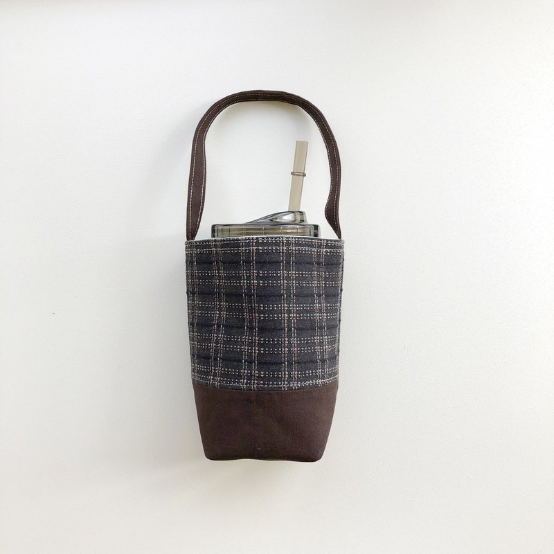 Dark brown plaid first dyed cloth beverage bag water bottle bag