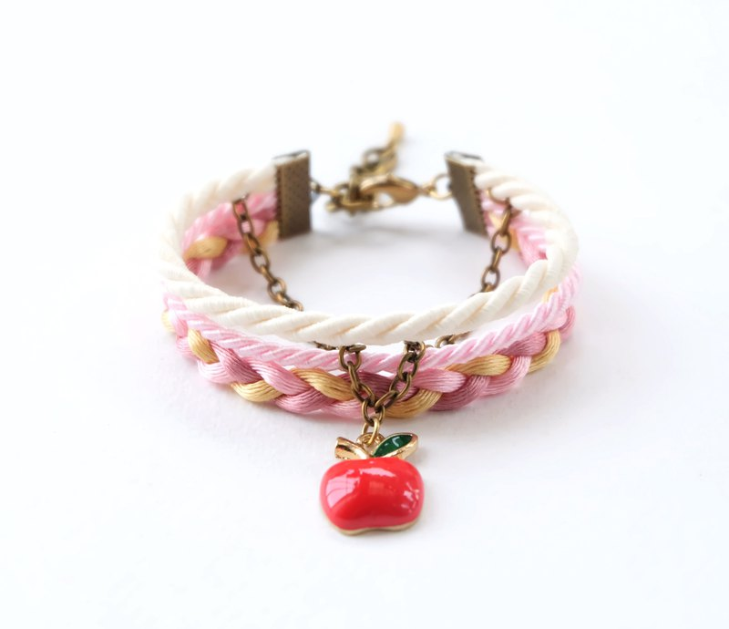 Apple layered bracelet in matte cream / blush pink / gold