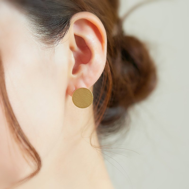 Gold Circle || Earrings