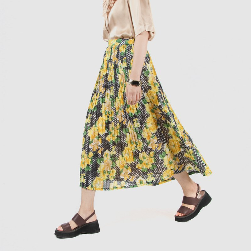 [Egg plant ancient] rhyme flower vine print ancient pleated skirt