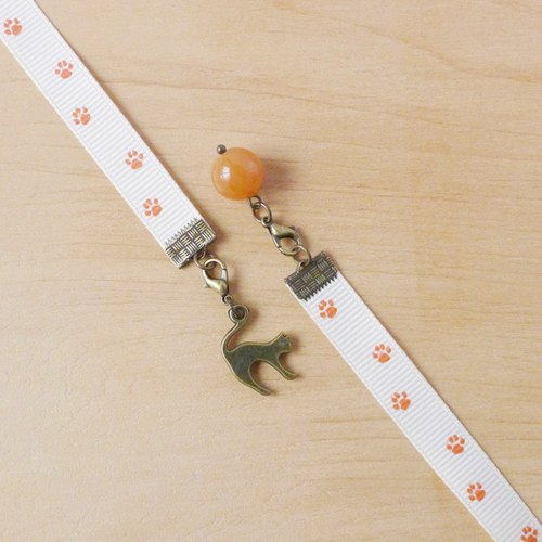 § Bookmark §  The Waltzing Cat (紅東菱玉)