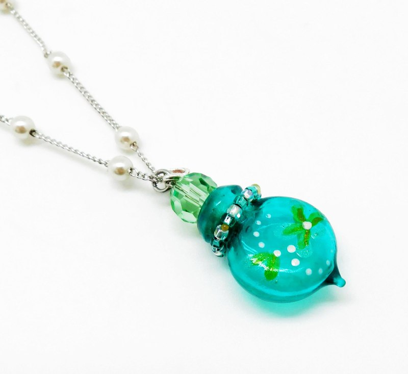 Diffuser Necklace Cherish Colored with Flower with Oil Dropper Green Color