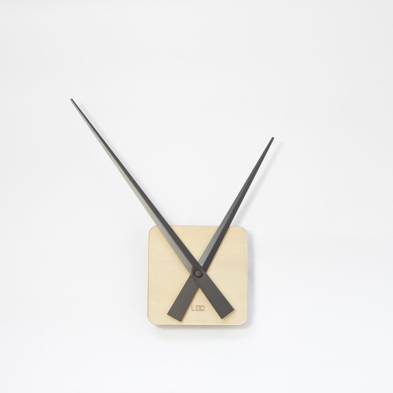 LOO DIY Wall Clock . Wooden