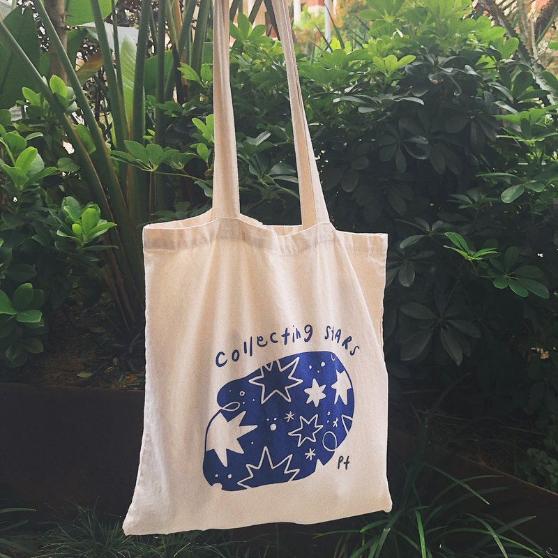 Collecting Stars Tote Bag