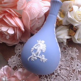 British bone china Wedgwood jasper blue jasper embossed little angel vase flower