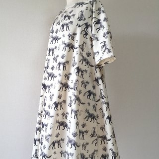 Fox pattern monotone flare one piece off white