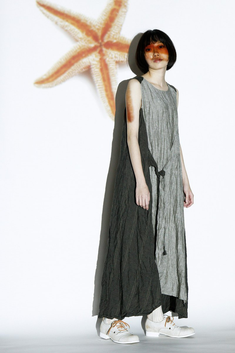 Sea _ 配 配 color bandage vest dress