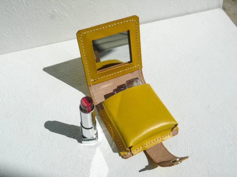 Do not hit the bag, lemon yellow vegetable tanned leather, full leather lipstick box, mirror