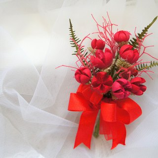 Hand-made dry flower / not withered series ~ red love dry corsage / main wedding corsage / photo props / wedding floral / straw hat decoration ~