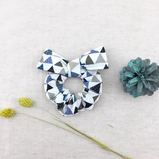 Diamond Triangle - Donut Butterfly Hair Twist - Plus Butterfly Wings Cute Broken Table