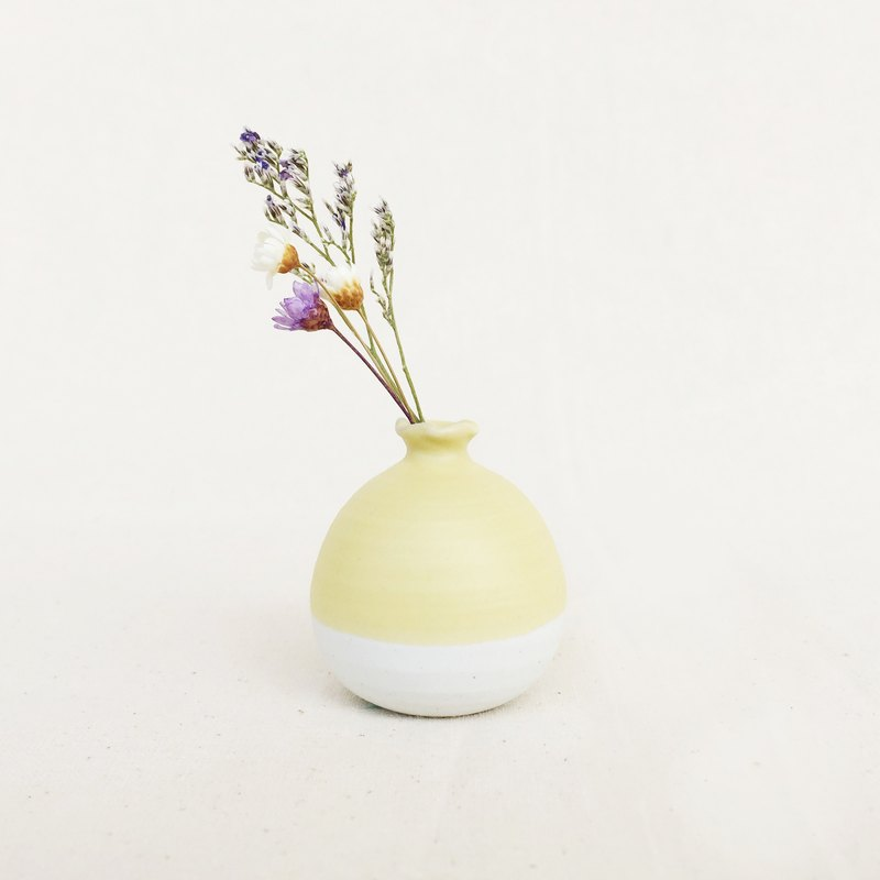 Handmade Ceramic Mini Vase - Pastel Yellow