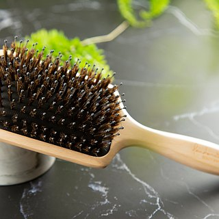 Elm air cushion bristle slab comb