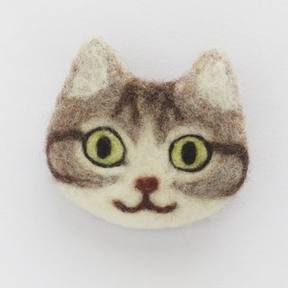 cat face felt brooch [brown tabby and white]