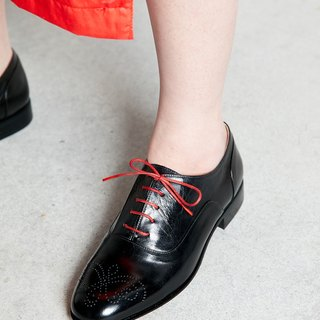 H THREE Oxford shoes / black / flat / Oxford