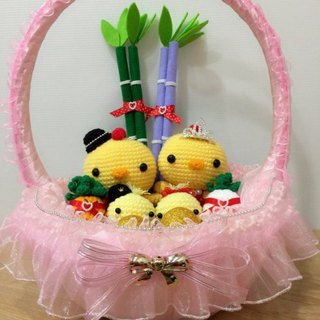 Chuchu hand made shop cute Q version lead chicken white yarn crown (pink basket)