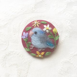 brooch of pacific parrotlet
