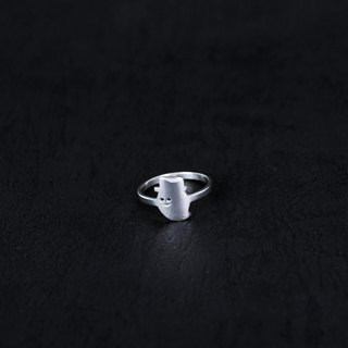 Halloween │ gentle ghost silver ring