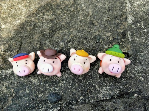 You're the pig's head. Magnet doll healing small things cute office small things small pig