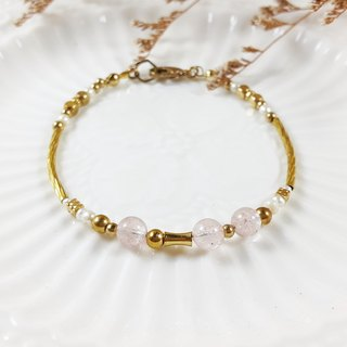Micro sweet beauty _ bracelet // strawberry crystal natural pearl brass