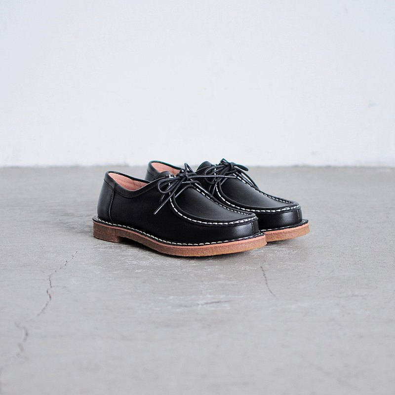 Crepe Rubber Wallabee Shoes (Black)