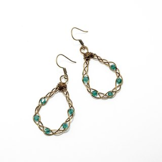 . Knit family. Crystal earrings emerald green copper braid