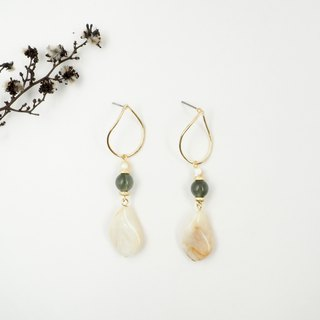 Design section. Green hair crystal mother-of-pearl temperament leaf steel needle earrings