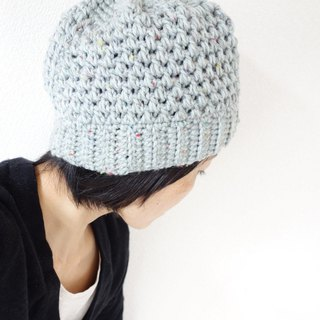 yuoworks / hand-knit cap / light gray / beanie