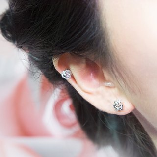 Blooming Rose Ear Cuff (Silver)